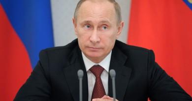Russian President Vladimir Putin speaks during a government meeting on housing issues in Russia's Black Sea resort of Sochi on Monday, Feb. 4, 2013.(AP Photo/RIA Novosti, Alexei Druzhinin, Presidential Press Service)